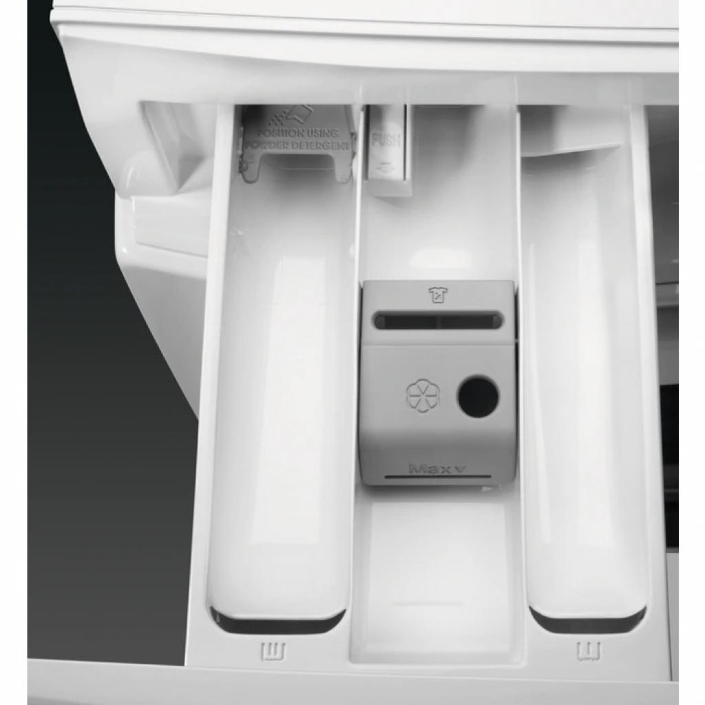 Перална машина AEG L7FEE49S